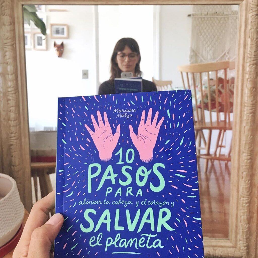 Mi libro y yo ♡